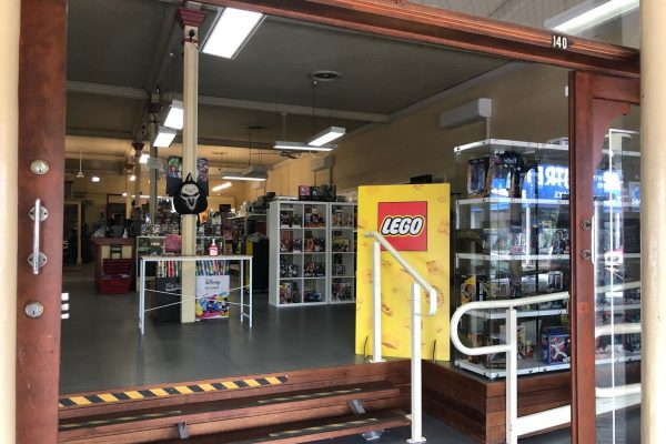 Storefront of Toy Wiz in Laidley Plainland